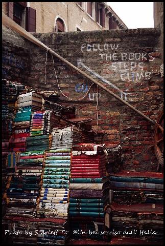 Libreria acqua alta9