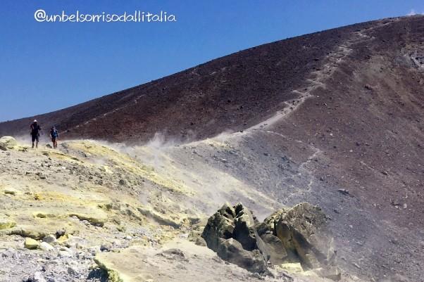 1vulcanowalk